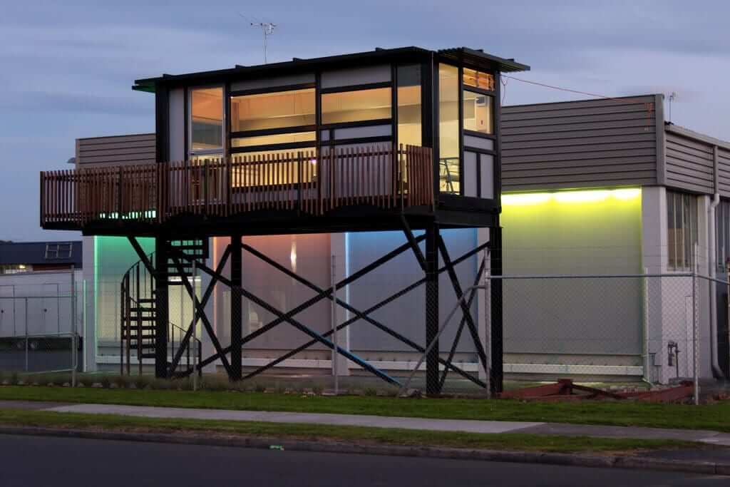 That's one cool container home